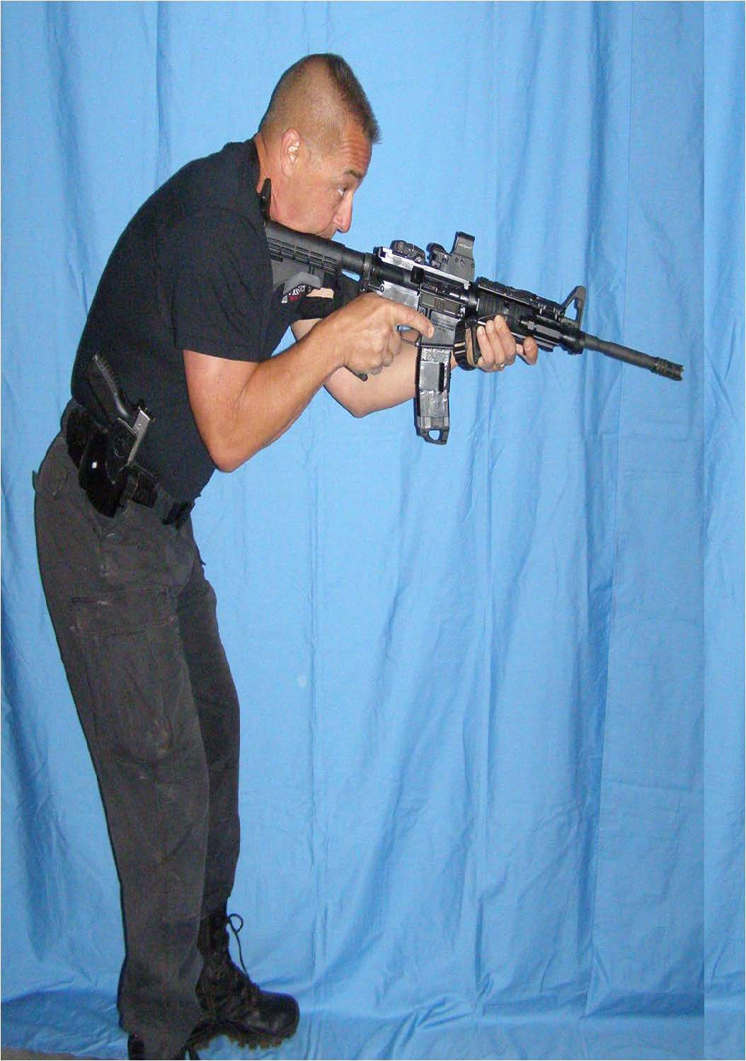 tactical-rifle-stance-for-residential-and-urban-use-3.jpg